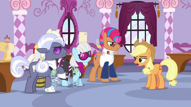 "File:Applejack ""those belts look the same"" S7E9.png"