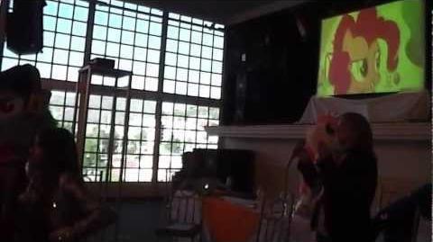 BMC Gala Smile Song por Melissa Gedeón