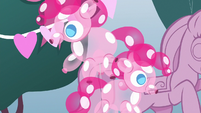Balloon animals shaped like Pinkie Pie S8E18