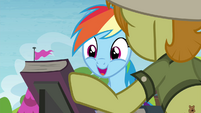 Rainbow Dash smiling at Daring Do first edition S4E22