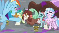 Rainbow threatens Young Six with punishment S8E16