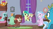Sandbar and CMC free their friends S8E26