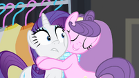 Suri hugging Rarity S4E08