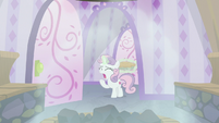 Sweetie Belle calling out to Big Mac S9E23