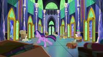 Twilight running around the castle S9E26