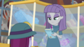 Maud Pie signing her fan's geology book EGDS1.png