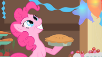 Pinkie Pie about to hit herself with a pie S1E22