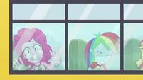 Pinkie Pie and Rainbow riding the CHS bus EG4