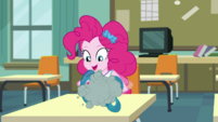 Pinkie Pie twisting the balloon EGDS6