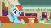 Rainbow Dash hearing Lede writing S6E9