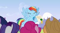 Rainbow cute giggle S3E7