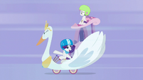 "Rarity in her ""original work of art"" cart S6E14"