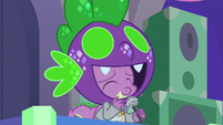 Spike catching his mistake S9E7