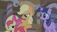 Applejack -hush and let the big ponies talk- S1E09