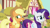 Applejack glancing away nervously S8E18