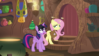 Fluttershy in a brief daze S7E20