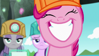 Pinkie Pie grinning very widely S7E4