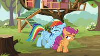 Rainbow Dash winking at Scootaloo S8E20