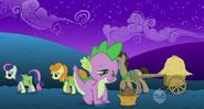 S01E11 Spike sadzi nasiona