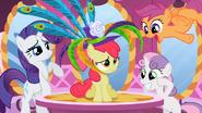 S02E06 Apple Bloom nie pociesza kolorowy kapelusz