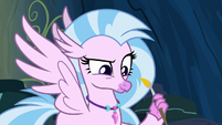 Silverstream looking at her painting S9E3