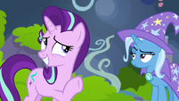 Starlight nervously plays off her lack of success S7E17