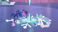 Twilight, Celestia, Luna, and Starlight ready S6E2