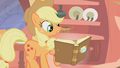 Applejack reading Slumber 101 S01E08.png