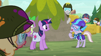 Dusty Pages laughing at Twilight S9E5
