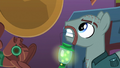 Henchpony carrying firefly lantern S6E13.png