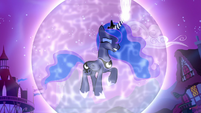 Princess Luna in a magic bubble S5E13