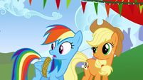 Rainbow Dash and Applejack surprised S1E13