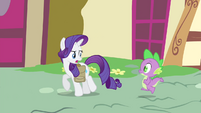 "Rarity ""No time for breakfast!"" S4E23"