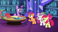 Scootaloo --Gabby flew all the way here-- S6E19