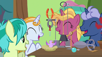 Students cheering in Dr. Hooves' class S9E20