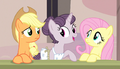 "Sugar Belle ""is this a bad time?"" S5E1.png"