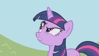 Twilight -not comfortable accepting unwanted favors- S1E03