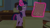 Twilight Sparkle groaning S8E16