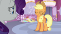 Applejack sticking to her opinion S7E9.png