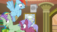 Hotel ponies rushing past Rainbow Dash S8E5