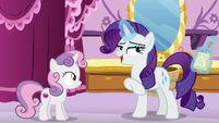 Rarity --leave tradition to the Apples-- S6E14