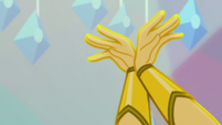 Sunset Shimmer's hands raised up EGS1