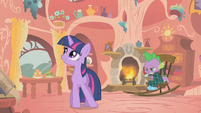 Twilight dictating her friendship report S1E11