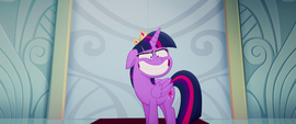 Twilight still making a big awkward grin MLPTM