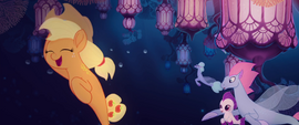 Applejack invites more seaponies to join in MLPTM
