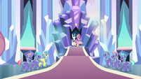Cadance, Shining, and Flurry in throne room S9E25