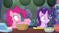 Pinkie Pie continues mixing the batter S6E21