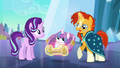 """Sunburst """"a changeling's been spotted"""" S6E16.png"""