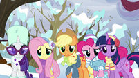 Twilight and friends looking at Tank S5E5