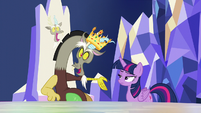 Discord pops in with his own throne S5E22